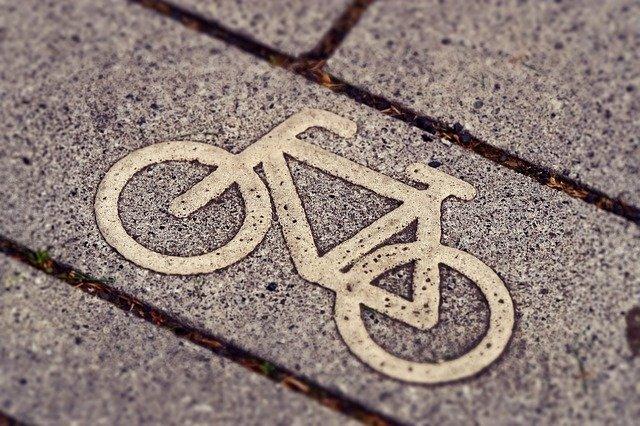 cycle path 3444914 640